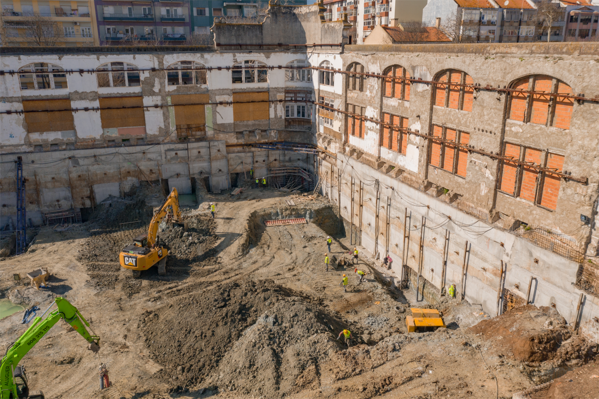 February 2020: Continuation of excavation and containment work